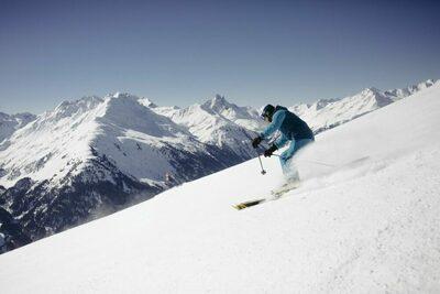 De Gletsjerskigebieden in Tirol op een rijtje