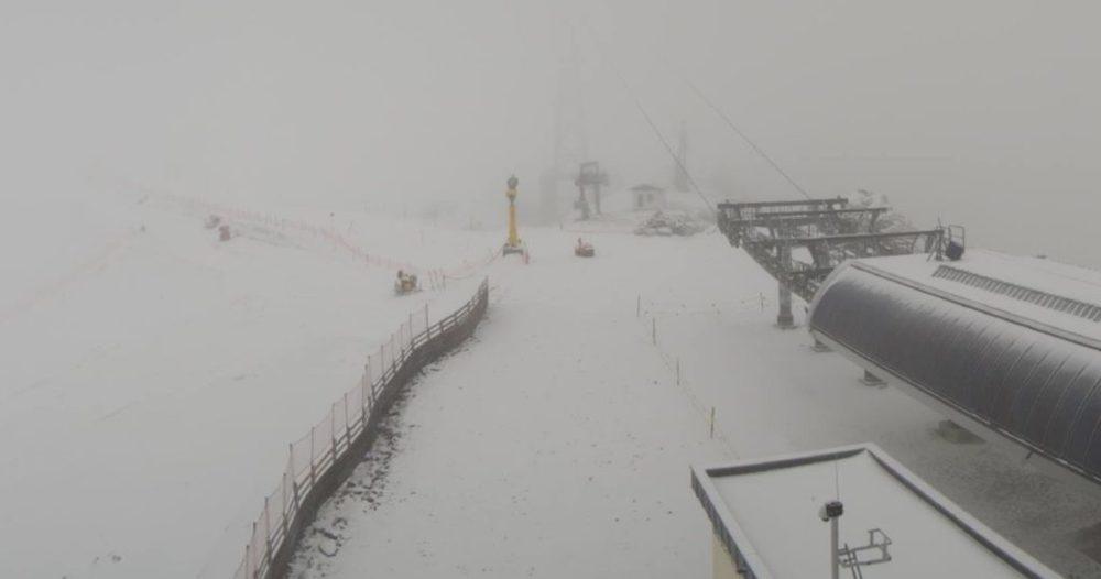Het sneeuwt op de Oostenrijkse gletsjers