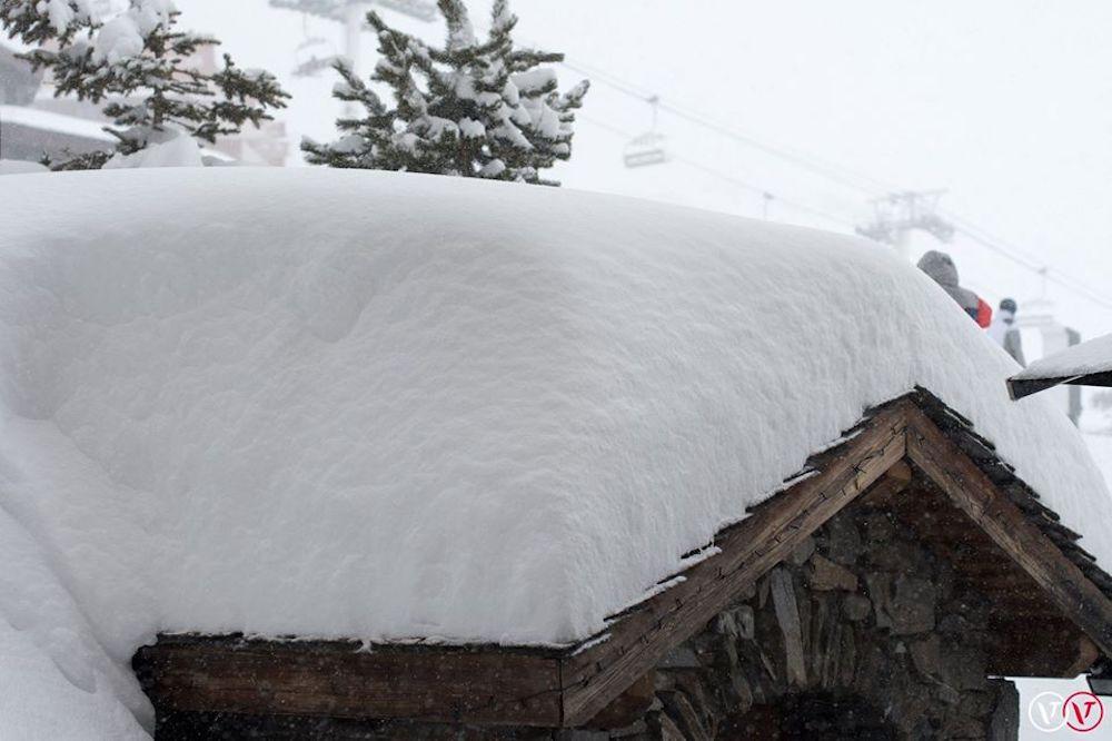 Het gaat weer sneeuwen: bijna een meter sneeuw onderweg naar de Alpen